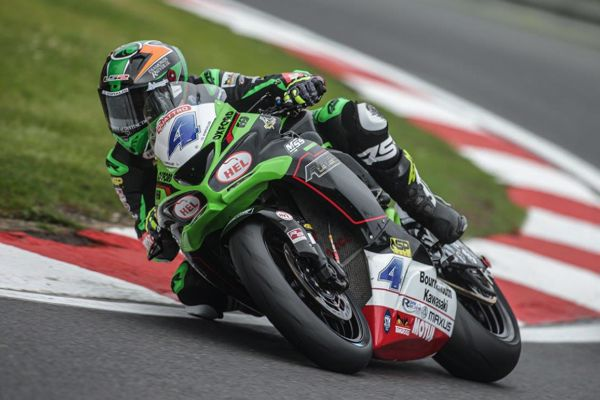 Quattro Group British Supersport: Kennedy strengthens title lead