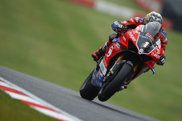 Brookes back on top at Brands Hatch in warm up ahead of race two