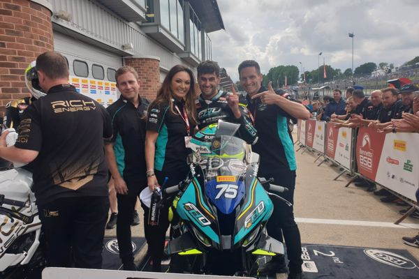 Pirelli National Superstock: Olsen grabs victory in dramatic race